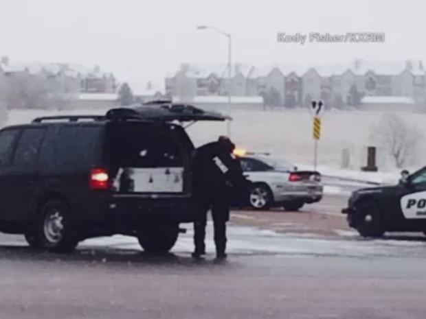 Polícia atende caso de atirador no Colorado (Foto: CNN)
