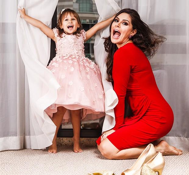 Natália Guimarães com a filha, Maya (Foto: Flare Fotografia/ Ed. Globo)