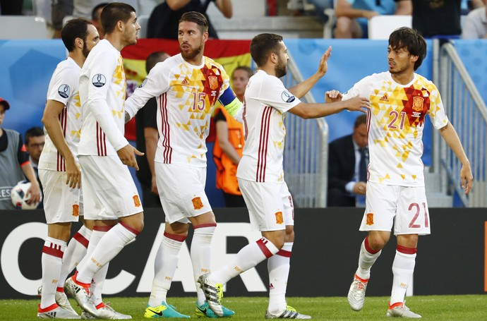 Espanha Eurocopa croácia (Foto: Michael Dalder / Reuters)