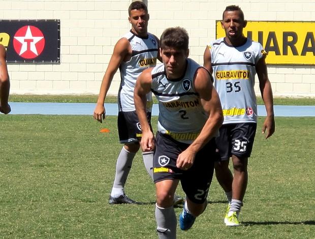 Fellype Gabriel Vitor Júnior botafogo treino (Foto: Cahê Mota / Globoesporte.com)