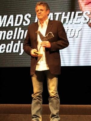 Ator e diretor Marcos Paulo subiu no palco do Teatro Amazonas e participou de premiação (Foto: Divulgação/SEC-AM)