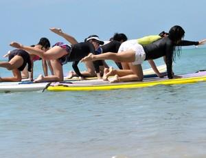 Stand up paddle e pilates (Foto: Fabrício Melo/TV Gazeta)