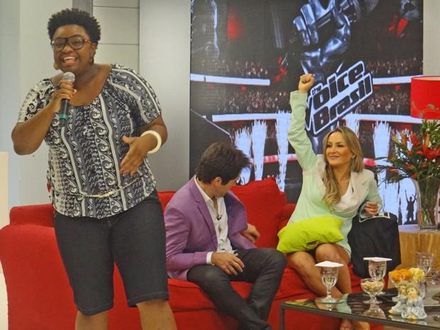 Ellen canta e encanta o público do Mais Você (Foto: Mais Você / TV Globo)