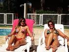 Ex-BBB Fabiana posta foto de biquíni e exibe barriga sequinha