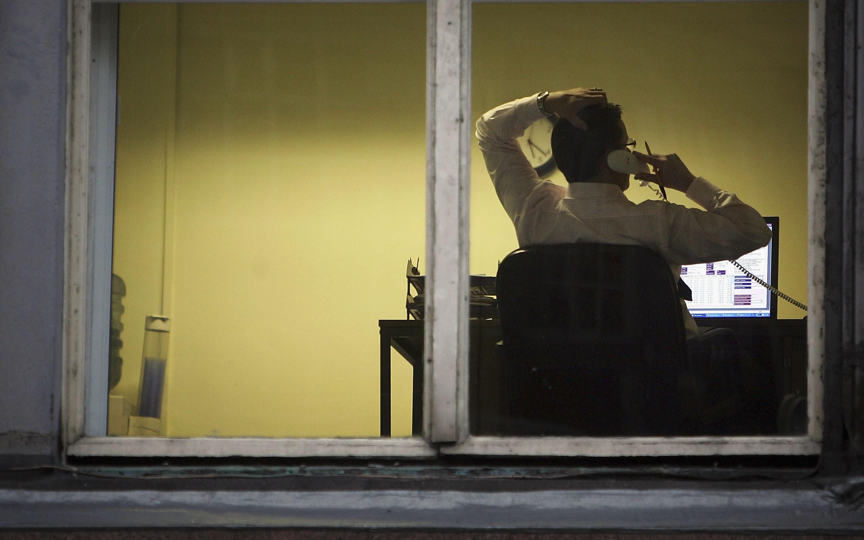 Homem no computador (Foto: Getty Images)