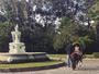 Bruno Gagliasso mostra a filha andando a cavalo: 'Rainha Titi'