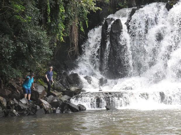 Em Capanema, é possível tomar banho no 'saltão' do Rio Silva Jardim, um dos afluentes do Rio Iguaçu, que desagua das Cataratas (Foto: Prefeitura de Capanema / Divulgação)