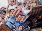 Wanessa se diverte com a família em parque nos Estados Unidos