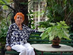 Após 60 anos de aulas, Regina aposentou carreira de professora de dança e teatro em Caxambu (Foto: Samantha Silva / G1)