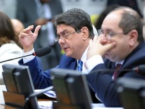 O deputado Wadih Damous (PT-RJ) em sessão da Comissão de Constituição e Justiça da Câmara (Foto: Alex Ferreira/Câmara dos Deputados)