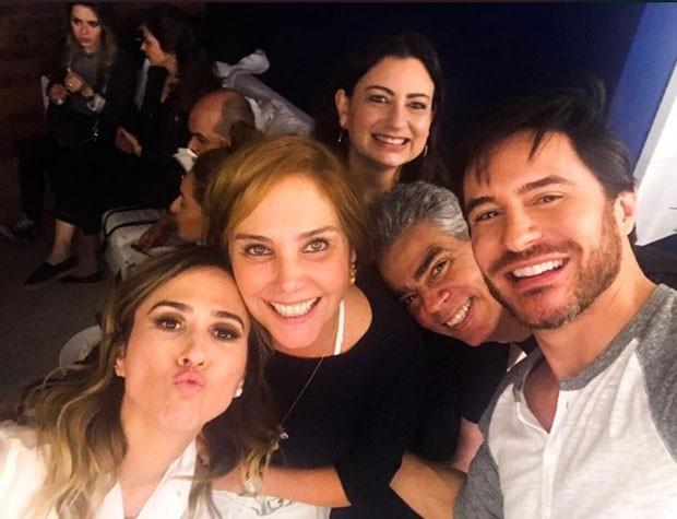 Táta Werneck com Heloísa Perissé e Ricardo Tozzi (Foto: Reprodução Instagram)