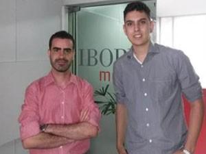 Tiago Pena e Felipe Cruz na sede do Ibope, em Belo Horizonte (Foto: Divulgação)