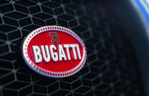 Logo Bugatti (Foto: Reprodução/Facebook)