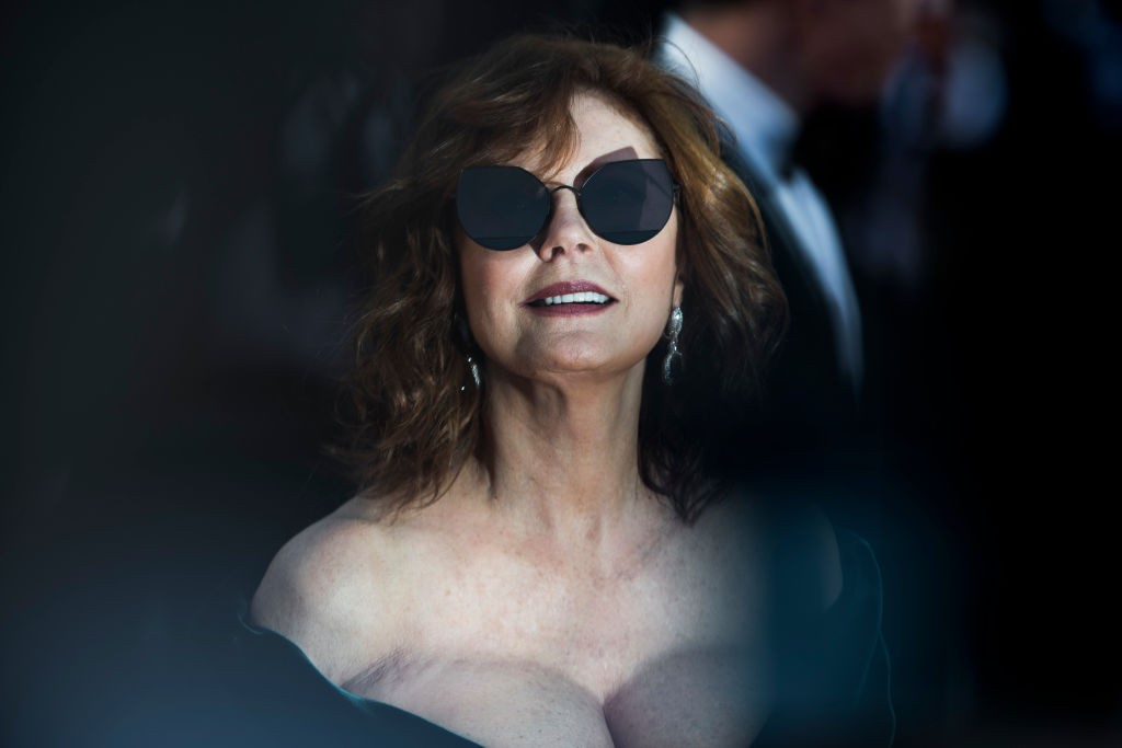 Susan Sarandon no red carpet da 70a edição do Festival de Cannes (Foto: Getty)