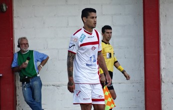 Matheus Lopes se recupera e volta a trabalhar com bola no Tombense