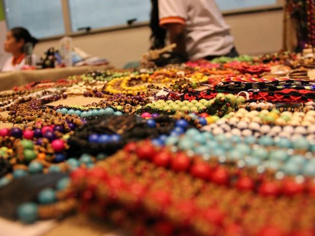 Artesãos 15 estados e 21 países participaram da exposição. (Foto: Camila Henriques/G1 AM)