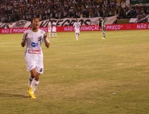 Pingo, atacante do ABC (Foto: Augusto Gomes)