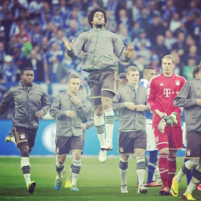 Dante clicado pelo Bayern (Foto: Reprodução / Instagram)