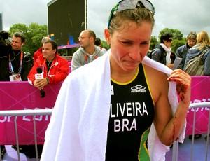 mão pamella oliveira brasil triatlon londres 2012 (Foto: Gabriele Lomba / Globoesporte.com)