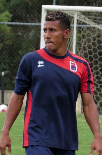 Meia Válber Paraná Clube (Foto: Fernando Freire)