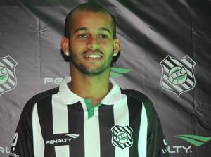 Heber atacante Figueirense nova camisa (Foto: Marcelo Silva)