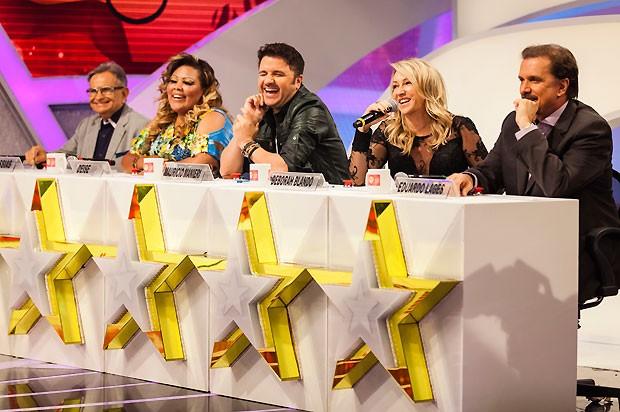 Os jurados José Messias, Deise Cipriano, Maurício Manieri, Deborah Blando e Eduardo Lages (Foto: Fred Chalub)