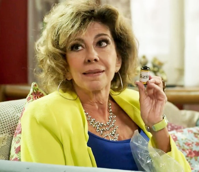 Darlene diz que vai revelar fotos de Paquetá (Foto: TV Globo)