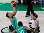 Brasil perde para Canadá e pega EUA nas quartas do basquete feminino