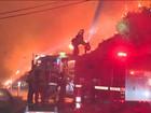 Incêndios destroem mais de 700 quilômetros quadrados na Califórnia
