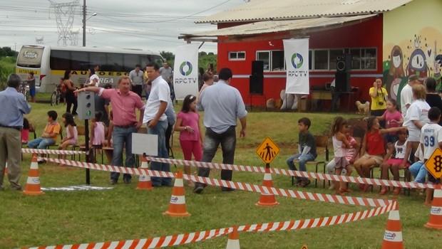 Carreata Paz no trânsito Foz (Foto: Divulgação/RPC TV)