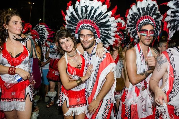 Humberto Carrão e Chandelly Braz (Foto: Gisele Mendes/Cacique de Ramos)