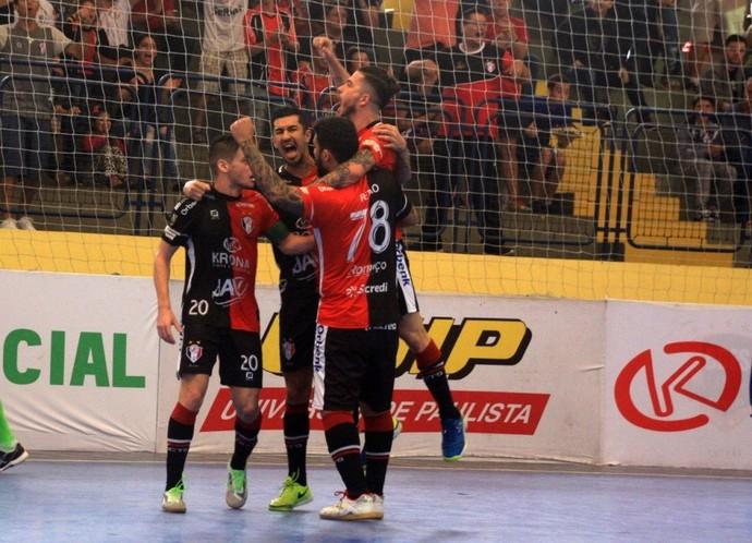 Joinville x Corinthians, Liga Futsal, Jackson Samurai (Foto: Juliano Schmidt)