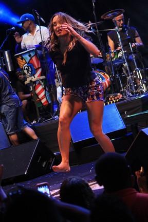 Claudia Leitte em show em Salvador, na Bahia (Foto: Sércio Freitas/ Ag. Sércio Freitas/ Divulgação)