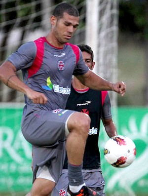 nilton vasco treino (Foto: Marcelo Sadio / Site Oficial do Vasco)
