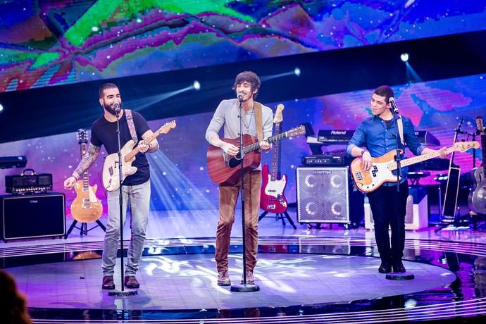 Banda OutroEu se apresentando no SuperStar com canção autoral (Foto: Isabella Pinheiro/Gshow)