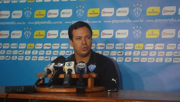 Dado Cavalcanti foi apresentado oficialmente como treinador do Paysandu (Foto: Gustavo Pêna)