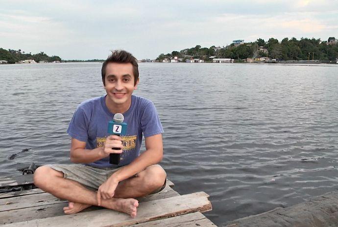 Em Manaus, Moacyr se diverte em flutuante (Foto: Zappeando)