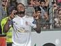 Luiz Adriano marca dois, e Milan bate Freiburg na Alemanha em amistoso