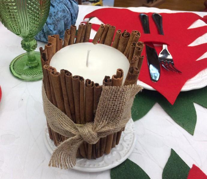 Além de linda, a vela de canela é bem cheirosa! (Foto: Paula Oliveira / Gshow)
