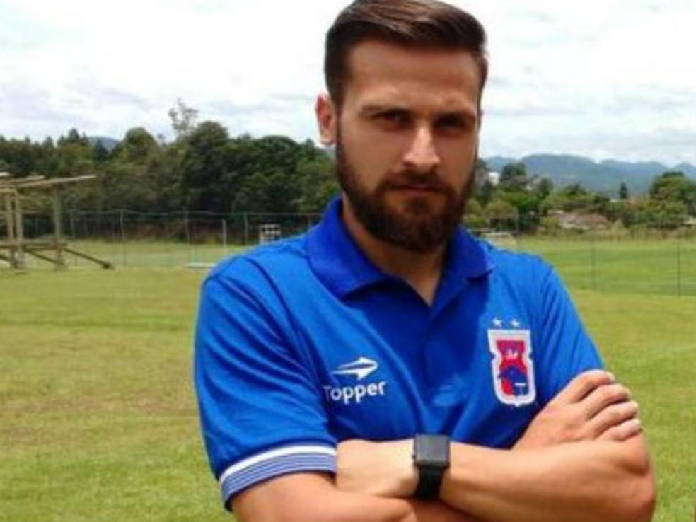 Jonas Pessalli é jogador do Paraná Clube  (Foto: Divulgação/Paraná Clube)