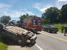 Acidente em Carmo do Cajuru deixa prefeito de MG e mais 11 feridos