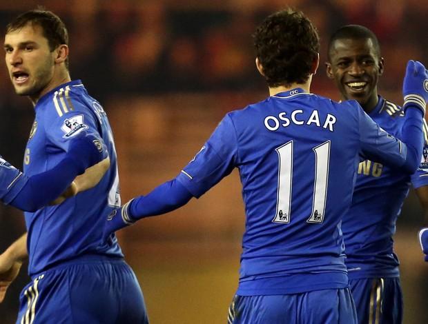 Ramires comemora gol do Chelsea sobre o Middlesbrough (Foto: AP)