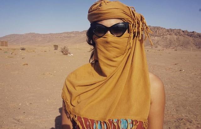 Giulia Costa no Deserto do Saara (Foto: Reprodução/Instagram)
