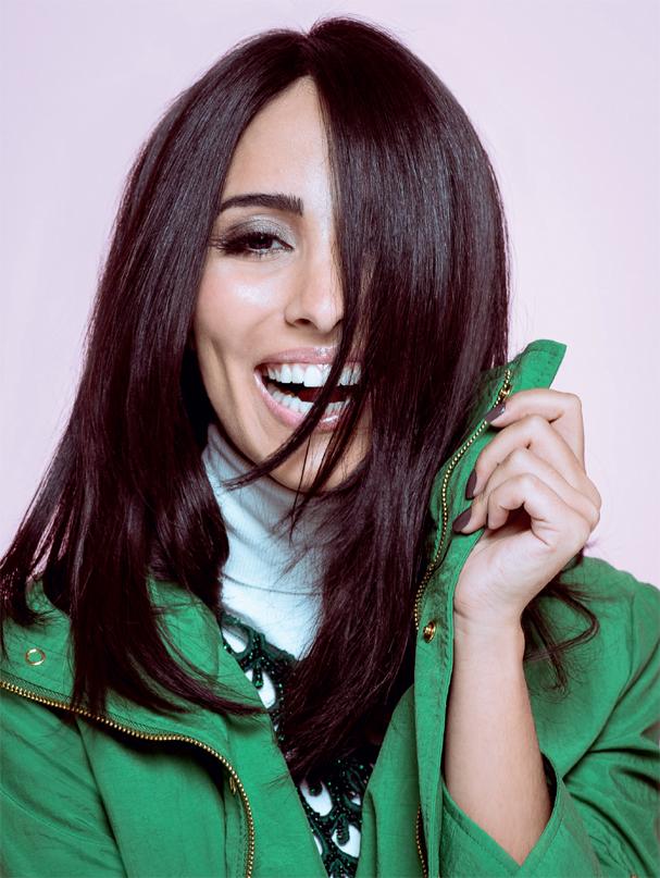O novo corte de cabelo de Jade Seba, que ela estreou na edição de julho de 2016 da revista Glamour. Problemas com uma química foram a desculpa perfeita pra tentar um comprimento mais curto, contou na época (Foto: Fred Othero/Revista Glamour )
