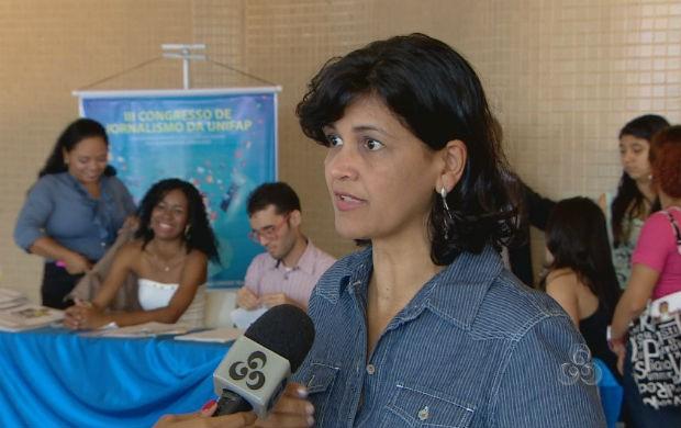 Coordenadora do Congresso de Jornalismo, Elaide Martins (Foto: Reprodução/TV Amapá)