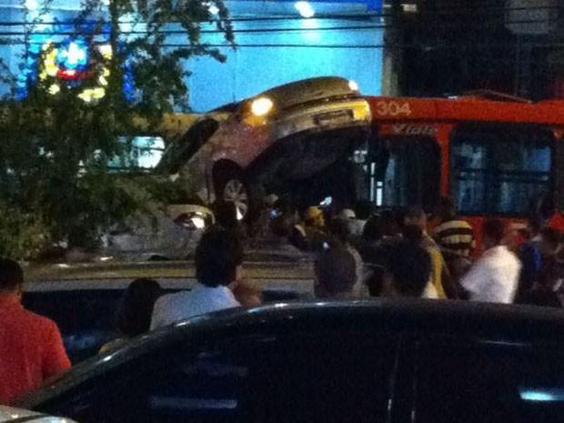Acidente no bairro de Boa Viagem, Zona Sul do Recife. (Foto: Thiago Ribeiro / Acervo pessoal)