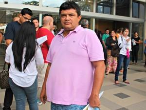Bacharel em Direito deixou local de prova após 4 horas do início do exame (Foto: Adneison Severiano/G1 AM)
