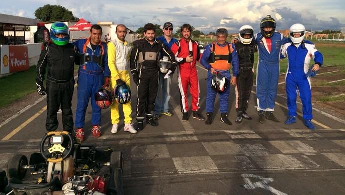 Pilotos que participaram da prova em Várzea Grande (Foto: Jander Ribas/Assessoria FEMTAU)