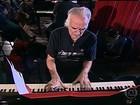 Maestro João Carlos Martins volta a tocar piano depois de mais de 10 anos