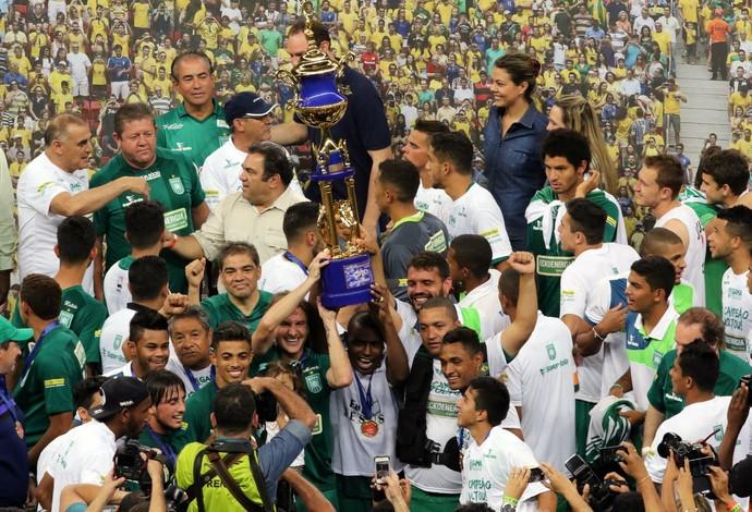 Gama campeão candangão (Foto: Francisco Stuckert / Futura Press)